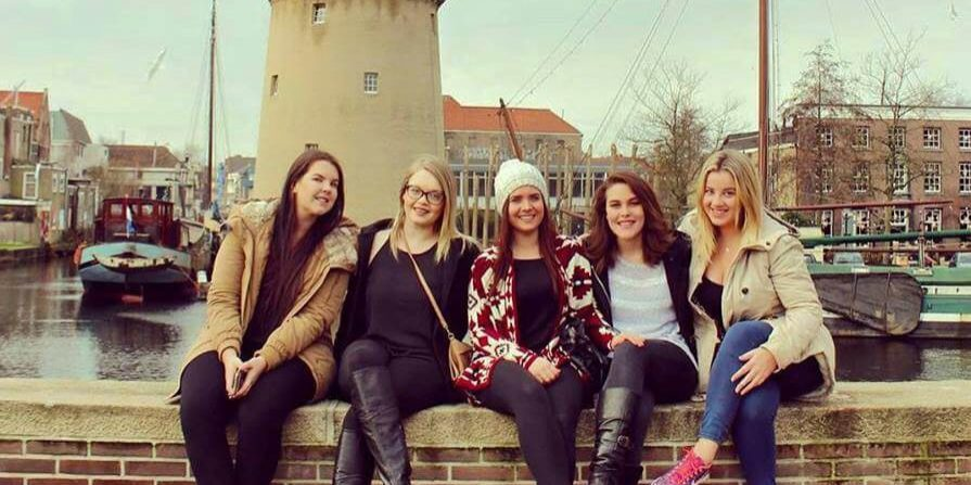 Background picture: Au pairs in The Netherlands
